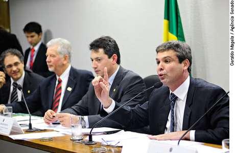 <p>Projeto foi analisado na Comissão de Assuntos Econômicos do Senado. Senador Lindbergh Farias (PT-RJ) é o relator do projeto na Casa</p>
