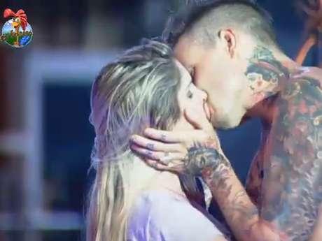 Bárbara beija Mateus em festa de 'A Fazenda 6'
