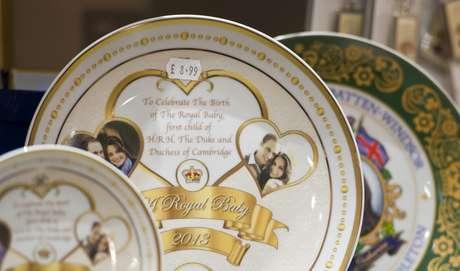 As vendas devem render milhões de libras à realeza britânica