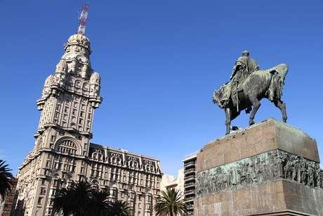 Uruguai: 426.315 visitantes brasileiros em 2011