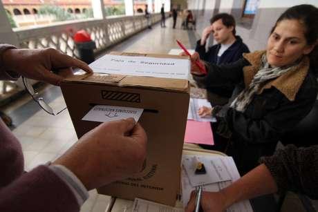 <p>Chau sellos: ahora, entregarán troqueles como constancia de emisión de voto</p>