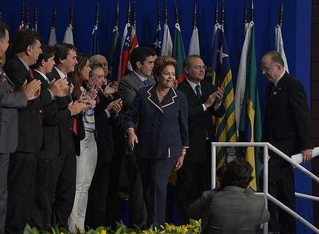 Dilma participa de lançamento da 16ª Marcha dos Prefeitos