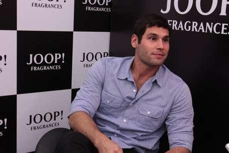 <p>Atualmente, ele interpreta o personagem Amadeu na trama das seis da Globo,&nbsp;<em>Flor do Caribe</em></p>