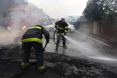 <p>Na rodovia Anhanguera houve bloqueios da pista por manifestantes</p>