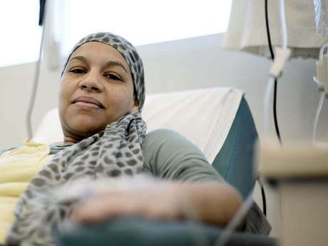 <p>Daniela Costa e Silva tem câncer no colo do útero e está no processo das sessões de quimioterapia</p>