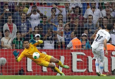 Goleiro Areola defendeu três pênaltis e garantiu o título da França
