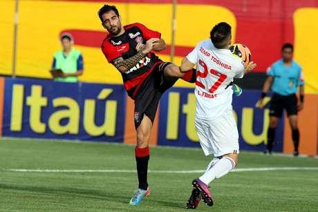 <p>Apenas um teste de vestiário definirá a participação de Escudero na partida</p>