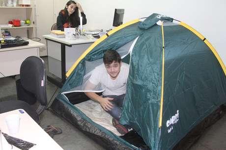 Os alunos estão acampados no prédio da reitoria desde ontem