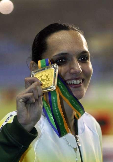 Sabine Heitling foi medalhista de ouro nos Jogos Pan-Americanos do Rio, em 2007, e é a atual recordista sul-americana