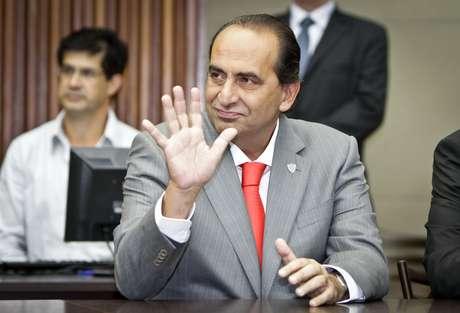 Kalil preside o Atlético-MG, dono da quarta maior dívida do futebol brasileiro