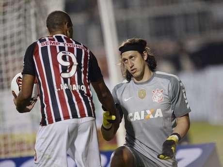 <p>Cássio defendeu goleiro são-paulino</p>