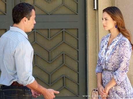 <p>Bruno (Malvino Salvador) conta a Paloma (Paolla Oliveira) que achouPaulinha (Klara Castanho) em uma caçamba de lixo e eles resolvem procurar por Márcia (Elizabeth Savalla)</p>