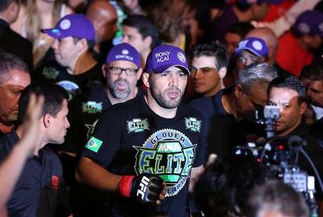 <p>Glover sabe como é lutar no Brasil: ele venceu seu compatriota Fábio Maldonado no Rio de Janeiro</p>