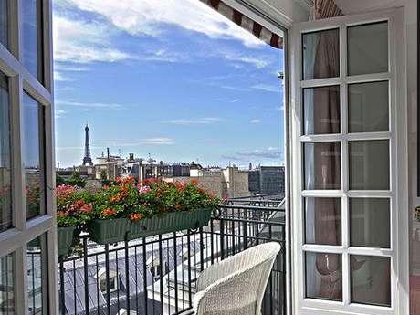 <p>Paris foi a eleita a cidade ideal para viagem de inverno por infiéis de site de relacionamentos extraconjugais</p>
