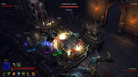 'Diablo III' para PS3 e Xbox 360 recebeu nova câmera, interface e jogabilidade pensada nos controles dos videogames