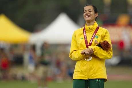 <p>Verônica levou a melhor nos 200 m e conquistou o ouro</p>
