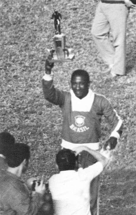<p>Djalma Santos foi eleito o melhor lateral nas duas Copas em que saiu campeão pela Seleção</p>