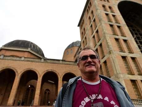 """""""Ele é muito humilde e isso me tocou bastante"""", disse o empresário Celso Ribeiro Araújo sobre o Papa"""