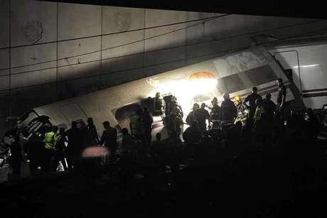 <p>De los heridos, 20 se encuentran en estado grave y hay cinco personas en coma, según informó el delegado del Gobierno, Samuel Juárez.</p>