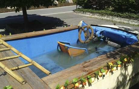 Carro-piscina não foi aprovado pelas autoridades alemãs