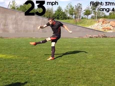 Aplicativo calcula velocidade e ângulo do chute