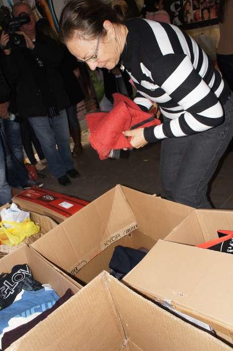 <p>Marta Beuren, mãe de Silvio Junior, vítimada tragédia da Kiss, doou um dos casacos favoritos do filho</p>