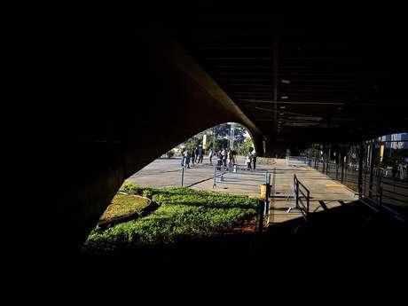 <p>Julgamento de policiais pelo massacre do Carandiru ocorre no Fórum da Barra Funda</p>