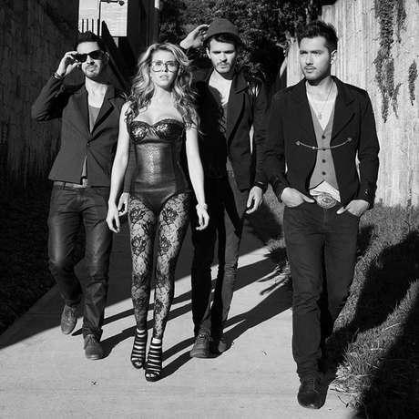 <p>'Adiós Buenos Aires'ya se encuentra en la programación del canal internacional de videos MTV Latinoamérica.</p>