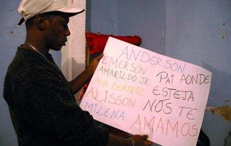 Desaparecimento do pedreiro mobiliza comunidade da Rocinha