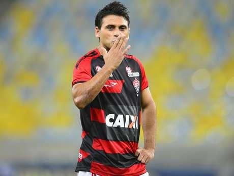 <p>Maxi Biancucchi e seu irmão Emanuel assinaram com o Bahia por uma temporada</p>