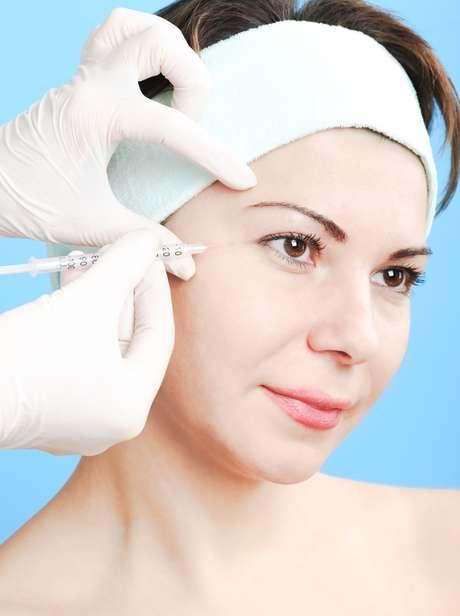 Procedimento trata a raiz do problema e melhora de forma bem mais duradoura do que o Botox a aparência do rosto, sem precisar das temidas agulhadas