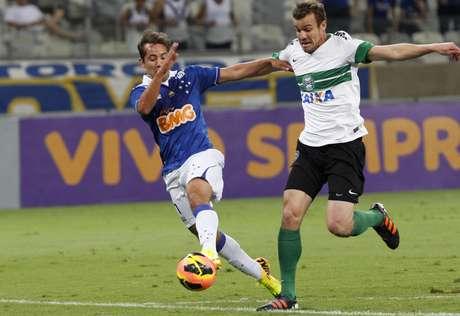 <p>Coritiba busca a recuperação após sofrer primeira derrota no torneio, para o Cruzeiro</p>