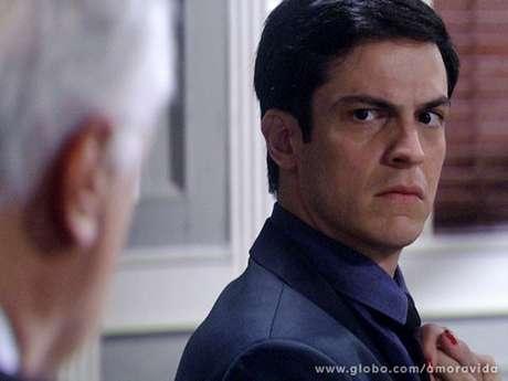 <p>Félix vai tentar seduzir Eron</p>