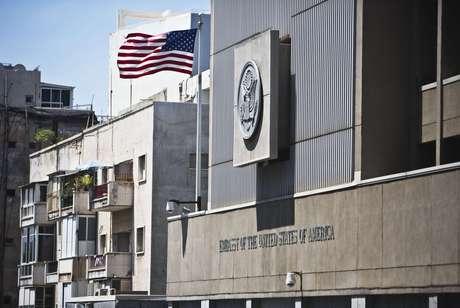 Embaixada dos Estados Unidos em Tel Aviv foi uma das que fechou neste domingo