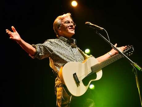Caetano encerra as apresentações do Festival Natura Musical