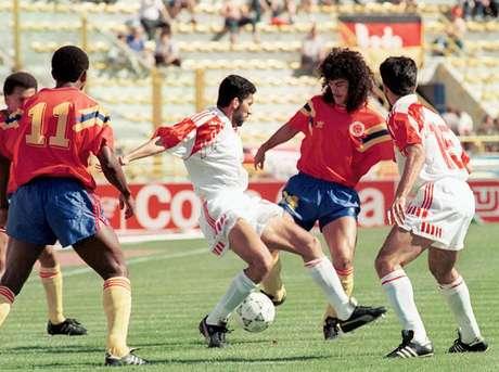 La camiseta roja del Mundial 1990 es una de las más queridas por los colombianos.