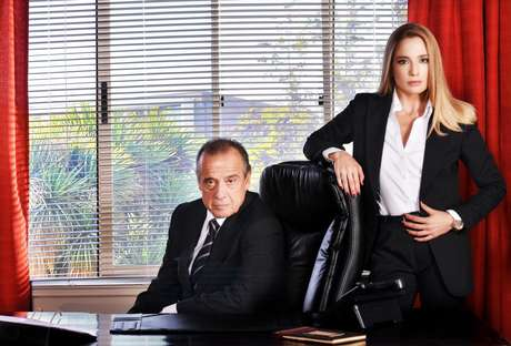 Este matrimonio se verá afectado por la aparición del papel de Patricia López.