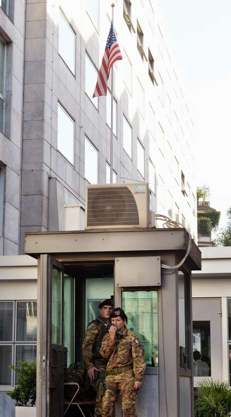 Consulado americano em Milão foi palco de alarme falso