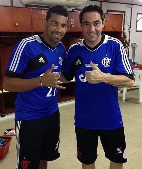 André Santos e Chicão jogaram juntos no Corinthians e foram campeões