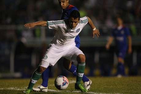 <p>Mendieta pode se transformar em substituto de Wesley no Palmeiras</p>