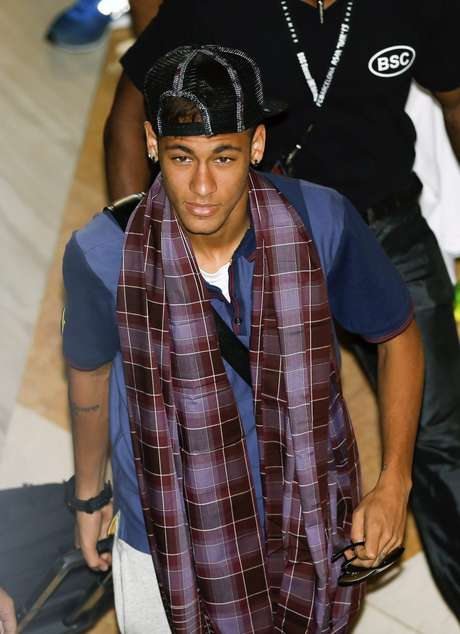 <p>Neymar disse que admira Messi</p>