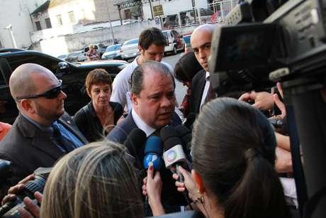 O delegado geral da Polícia Civil, Luiz Mauricio Blazeck, responsável pela investigação do caso, chega ao Departamento de Homicídios e de Proteção à Pessoa (DHPP)