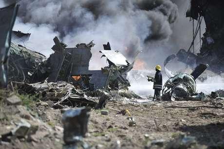 A queda do avião ocorreu durante a manobra de aterrissagem