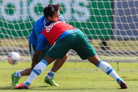 Valdivia voltará ao Palmeiras como titular