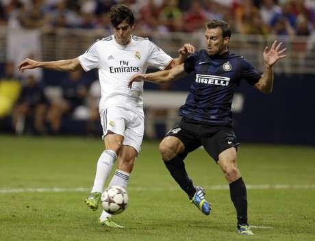 Kaká fez o primeiro gol da vitória do Real Madrid sobre a Inter de Milão