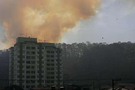 Fumaça encobria o Jardim Nove de Julho