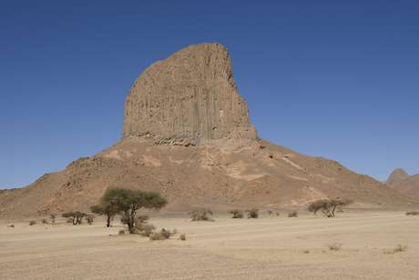 <p>Importante território do norte da África, a Argélia sofre com ameaças terroristas de grupos islâmicos</p>