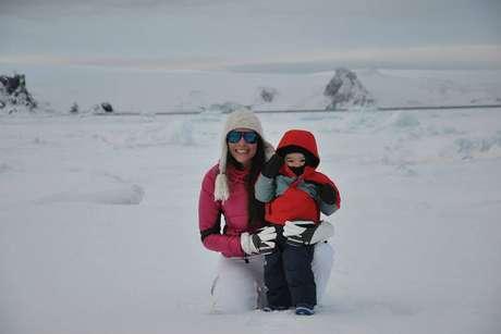 Fernandito mora na Antártida desde que tinha poucos meses de vida