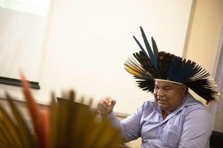 Com o título A formação da pessoa nos pressupostos da tradição: Educação Indígena Kanhgág, seu trabalho aborda as concepções da educação indígena a partir da tradição Kaingang, relacionando-as com a educação escolarizada