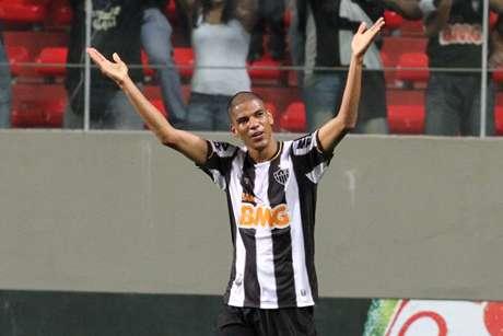 <p>Vitória sobre o Bahia animou Leonardo Silva e outros jogadores do time alvinegro</p>